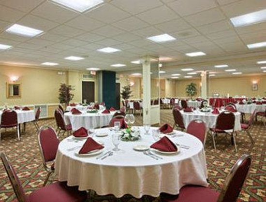 Zanesville, OH: Meeting / Banquet Room