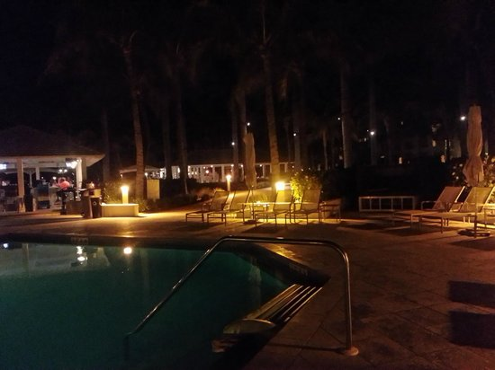 Casa Marina, A Waldorf Astoria Resort: pool@night