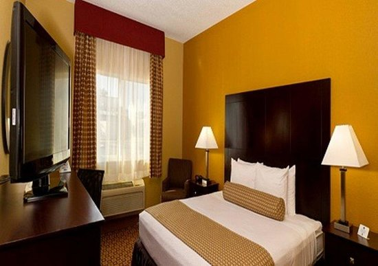 BEST WESTERN PLUS Plant City Hotel: King Guest Room