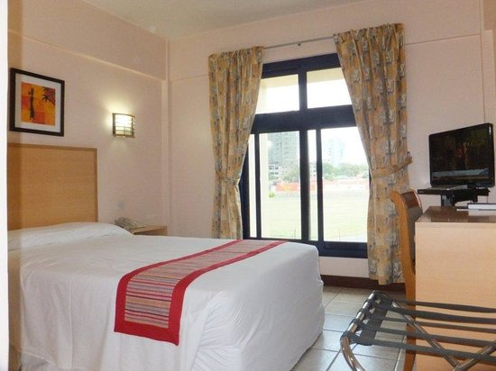 Arusha Crown Hotel: The Single Room