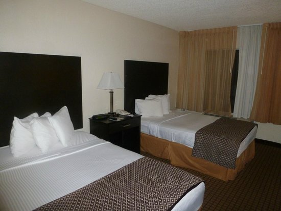 International Palms Resort & Conference Center Cocoa Beach: room