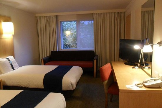 Holiday Inn Oxford: the room