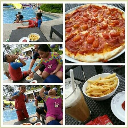 Hard Rock Hotel Penang: pizza n pool