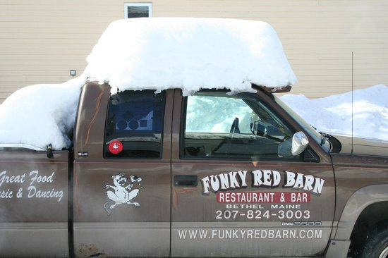 Bethel, ME: Funky truck with new hat.