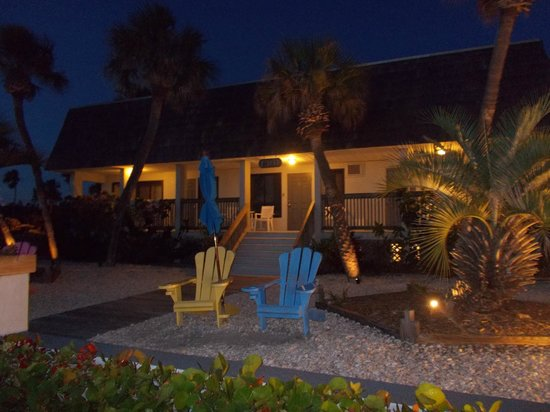 ‪‪Sabal Palms Inn‬: Sabal Palms Inn @ Night‬