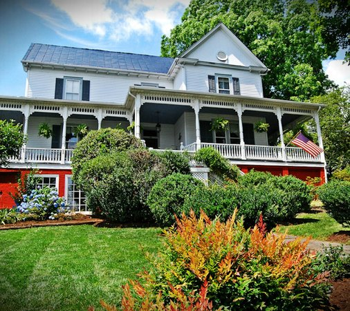 ‪Claiborne House Bed and Breakfast‬