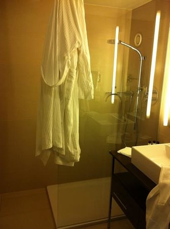 The Ring, Vienna's Casual Luxury Hotel: uno dei bagni