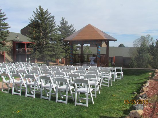 Sundance Mountain Lodge: Great for Outdoor Wedding