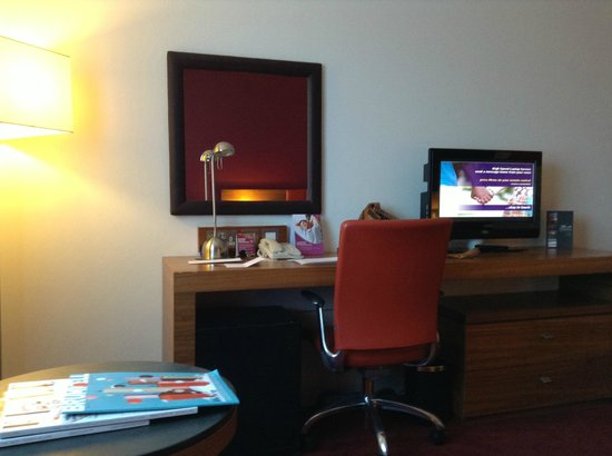 Crowne Plaza London - Docklands: Desk