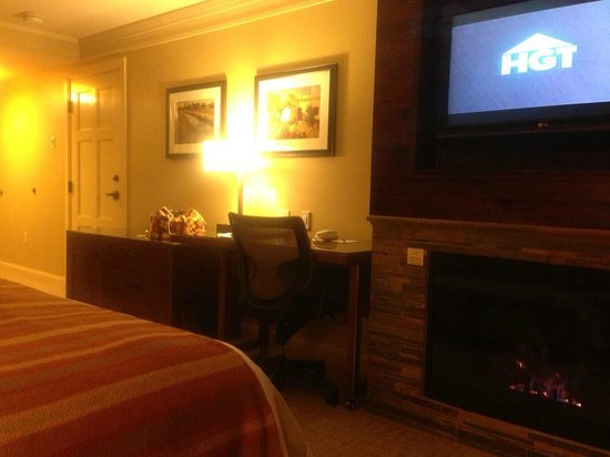 Hotel Abrego: View from King bed; Fireplace beneath TV