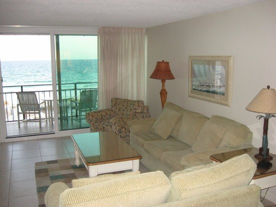 The Breakers at Fort Walton Beach: Living room