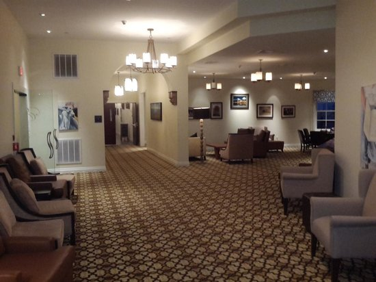 Mount Tremper, NY: Lounge area outside the great room