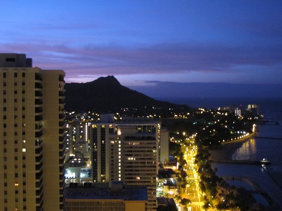 Hyatt Regency Waikiki Resort & Spa: 部屋からの夜景