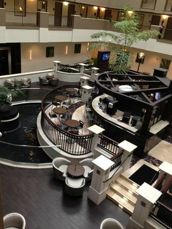 Embassy Suites Orlando Downtown: Nice, updated atrium lobby