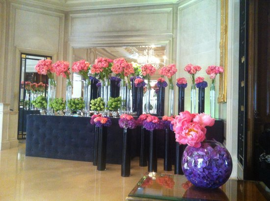 Отель Four Seasons Hotel George V Paris: Composition florale
