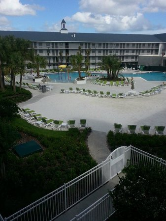 Avanti Resort Orlando: View from 3rd floor, building 2