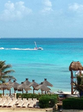 Dreams Cancun Resort & Spa: Beach
