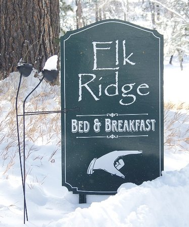 Elk Ridge Bed & Breakfast : This way to Elk Ridge!