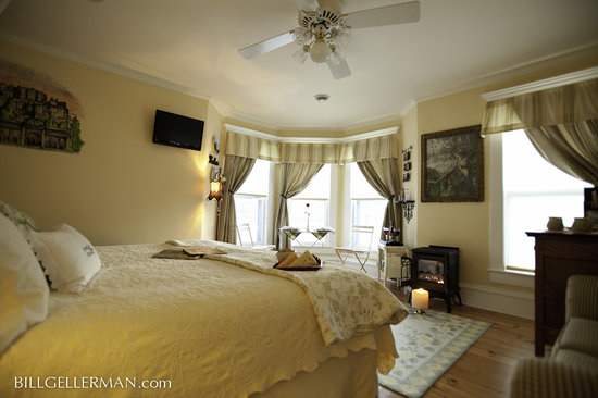Franklin Inn on Durkee: Petit Chateau Suite