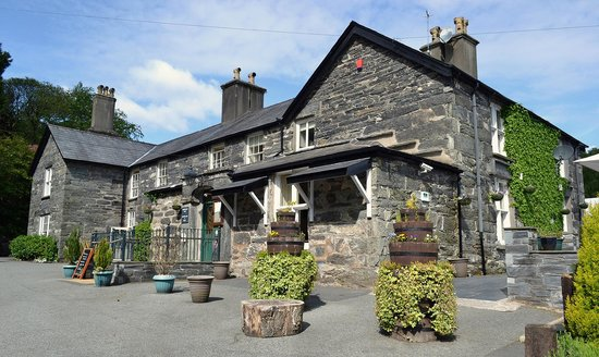 Aberdunant Hall Holiday Park & Hotel