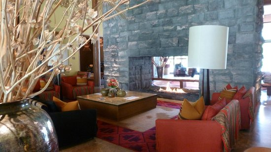 Tambo del Inka, a Luxury Collection Resort & Spa: Part of the lobby area