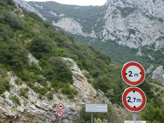 Gorges de Galamus: You have been warned!