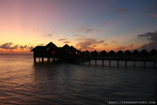 Baros Maldives: Baros Water Villas at sunset
