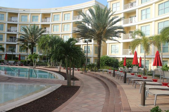 Melia Orlando Suite Hotel at Celebration: swimming pool