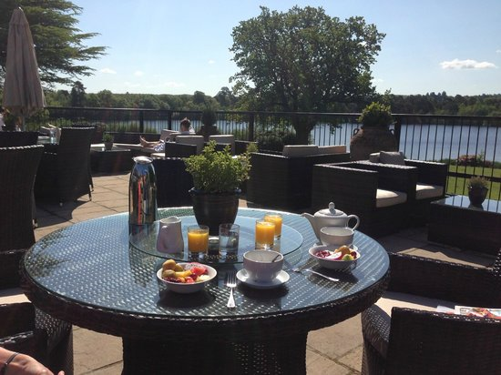 Breakfast on the terrace picture of champneys forest for Breakfast terrace