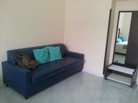 Sorrento Flats: Sofa in room
