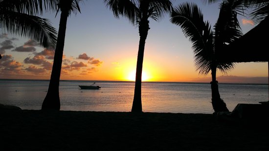 LUX Le Morne: sunset