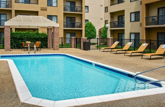 Courtyard by Marriott Williamsburg Busch Gardens Area: Outdoor Pool
