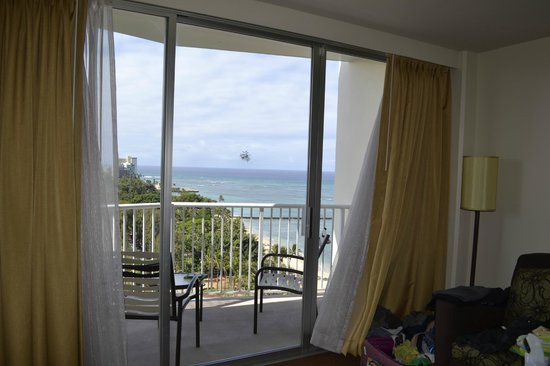 Park Shore Waikiki: Diamond Head Suite Room View