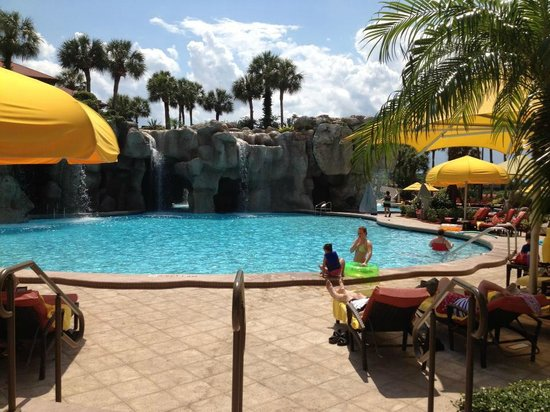 Hyatt Regency Grand Cypress: Beautiful pool - this one isn't heated but other one behind it is