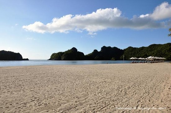 Tanjung Rhu Resort: private beach