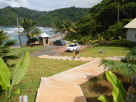 Marigot, Dominica: The parking area and steps leading up to the Bar & Grill