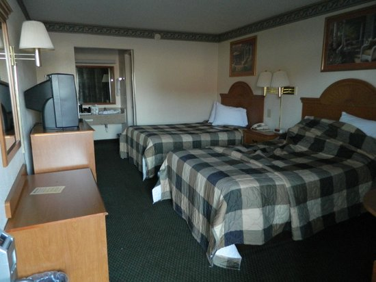 Days Inn Lake City I-75: Comfy beds, clean room
