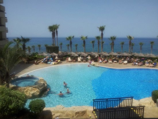 Atlantica Golden Beach Hotel: Pool view from the terrace