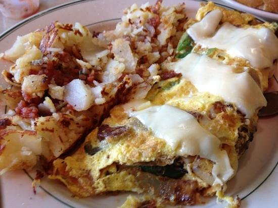 Dublin, Kaliforniya: Italian omelette with hash browns
