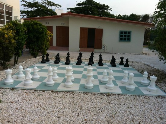 Belizean Shores Resort: all kinds of games