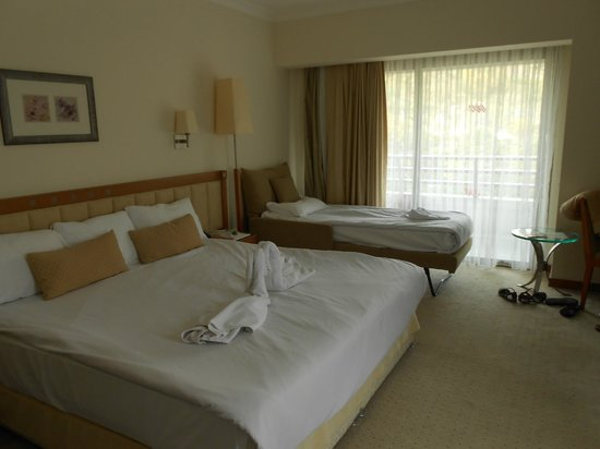Korumar Hotel: Triple room