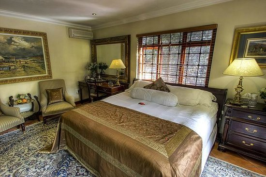The Oasis Luxury Guest House: Room 2