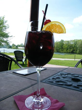 Laconia, NH: Sangria outside seating