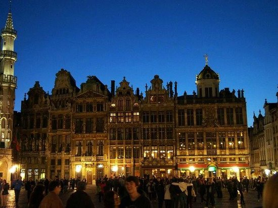 Azimuth Flathotel: Grand Place