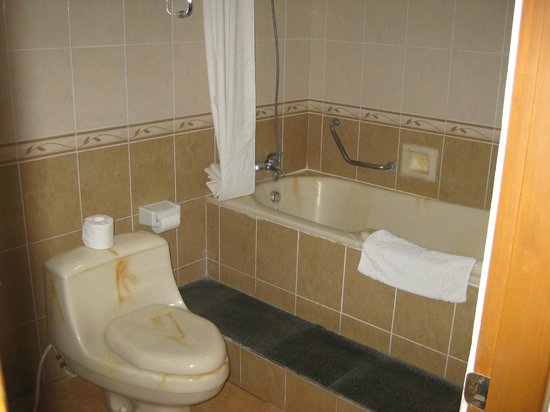 Wina Holiday Villa Hotel: Suite: Wonderful bathroom