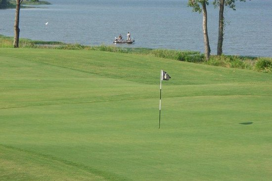 BEST WESTERN Smithfield Inn: Cleburne Golf Lake Resort