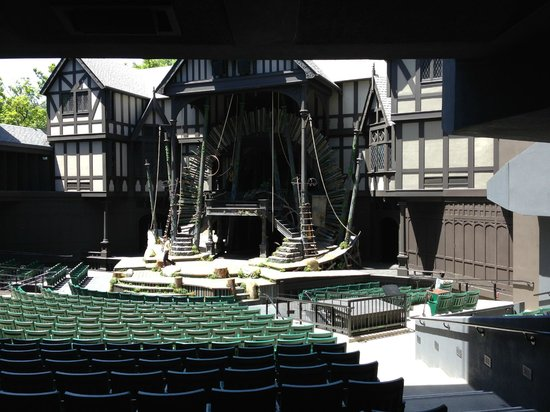 McCall House: Elizabethan Theater set for Dream