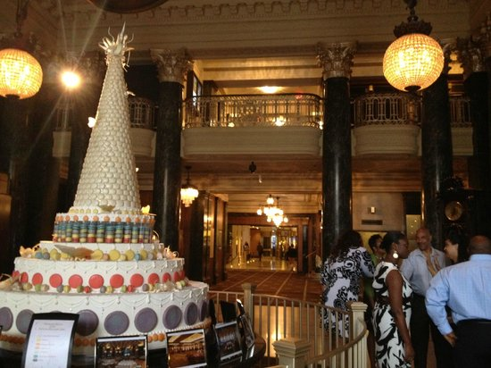 The Westin St. Francis San Francisco on Union Square: Macaroon Cake