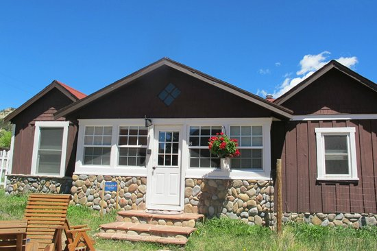 River Rock Cottages: Diamond Cottage