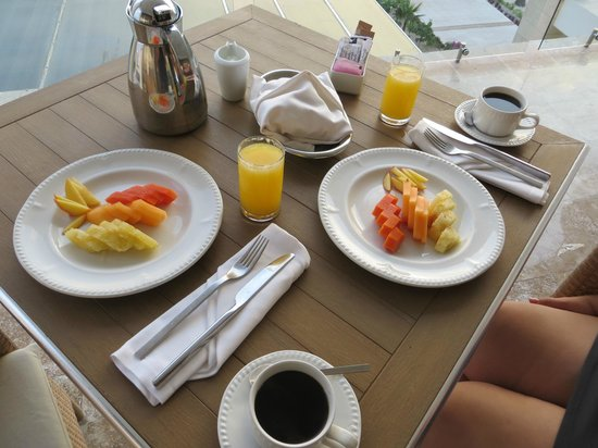 The Beloved Hotel: Early morning breakfast on the terrace